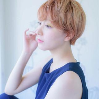ショート ピンク ナチュラル モード ヘアスタイルや髪型の写真・画像