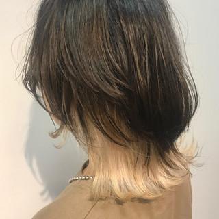 ショートヘア ストリート ウルフカット ホワイトシルバー ヘアスタイルや髪型の写真・画像