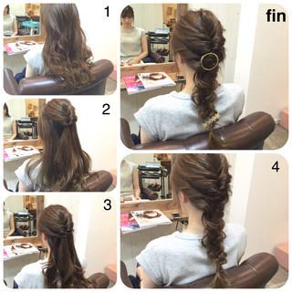 編み込み ヘアアレンジ ロング くるりんぱ ヘアスタイルや髪型の写真・画像