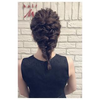 涼しげ フェミニン ヘアアレンジ ラベンダーアッシュ ヘアスタイルや髪型の写真・画像