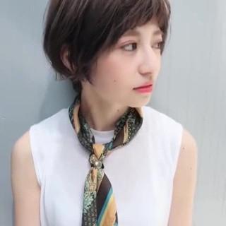 オフィス ショート 色気 透明感 ヘアスタイルや髪型の写真・画像