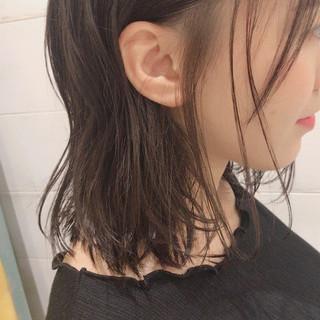 ミディアム パーマ 大人かわいい ナチュラル ヘアスタイルや髪型の写真・画像