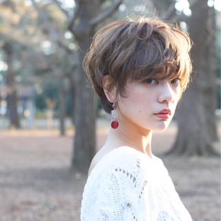 ショート ゆるふわ 外国人風 大人かわいい ヘアスタイルや髪型の写真・画像