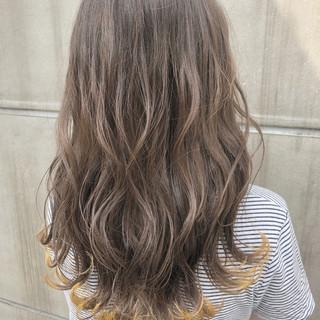 セミロング 涼しげ 夏 フェミニン ヘアスタイルや髪型の写真・画像