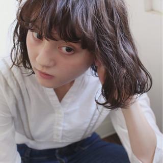アッシュ 色気 暗髪 外国人風 ヘアスタイルや髪型の写真・画像