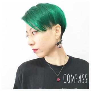 リラックス ショート アンニュイ グリーン ヘアスタイルや髪型の写真・画像 ヘアスタイルや髪型の写真・画像