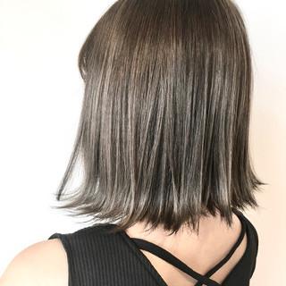 ボブ 大人可愛い ダブルカラー フェミニン ヘアスタイルや髪型の写真・画像
