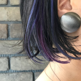 ブルー ラフ インナーカラー ボブ ヘアスタイルや髪型の写真・画像