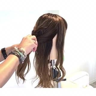 オフィス アウトドア ヘアアレンジ 梅雨 ヘアスタイルや髪型の写真・画像