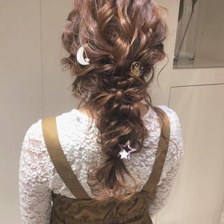 編みおろしヘア デート 編みおろし ナチュラル ヘアスタイルや髪型の写真・画像