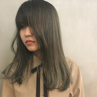 成人式 ヘアアレンジ セミロング 抜け感 ヘアスタイルや髪型の写真・画像