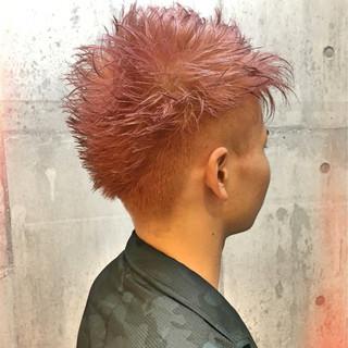 アッシュ ダブルカラー ショート ストリート ヘアスタイルや髪型の写真・画像