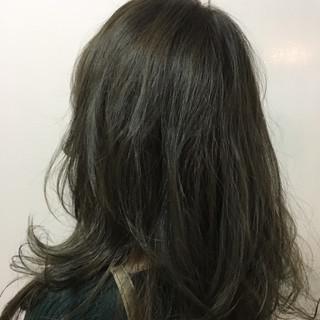 セミロング 冬 アッシュ ナチュラル ヘアスタイルや髪型の写真・画像
