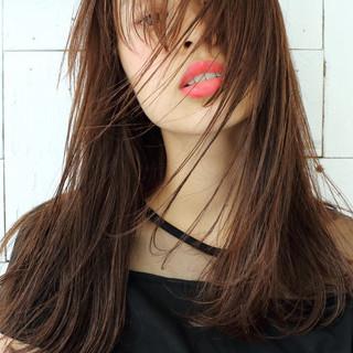 外国人風 かっこいい セミロング くせ毛風 ヘアスタイルや髪型の写真・画像