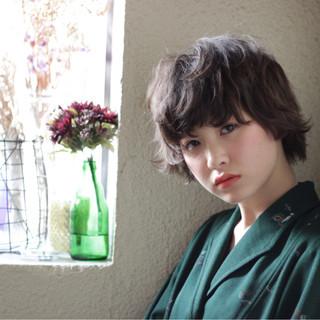 大人かわいい ショート ガーリー パーマ ヘアスタイルや髪型の写真・画像