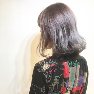 ミルクティー アッシュ 色気 マッシュ ヘアスタイルや髪型の写真・画像