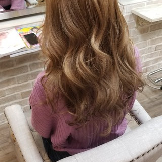 デート 外国人風 ハイライト ガーリー ヘアスタイルや髪型の写真・画像