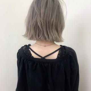 ナチュラル ブリーチ ロブ ショート ヘアスタイルや髪型の写真・画像 ヘアスタイルや髪型の写真・画像