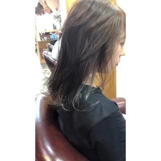 ハイライト インナーカラー ナチュラル ベージュ ヘアスタイルや髪型の写真・画像