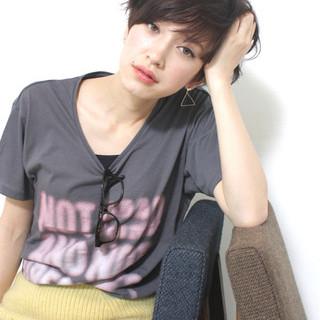 サイドアップ 暗髪 ショート ウェットヘア ヘアスタイルや髪型の写真・画像