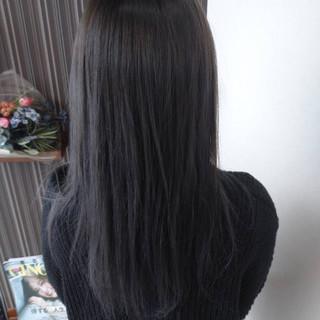 ブルーアッシュ ヘアカラー セミロング ネイビーブルー ヘアスタイルや髪型の写真・画像