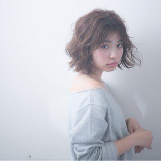 ボブ 謝恩会 ナチュラル アウトドア ヘアスタイルや髪型の写真・画像