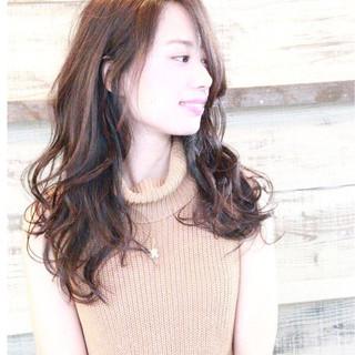 簡単 暗髪 ナチュラル セミロング ヘアスタイルや髪型の写真・画像