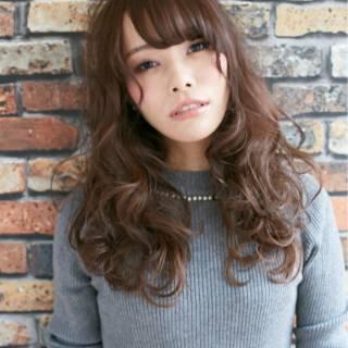 ウェーブ モテ髪 ナチュラル 秋 ヘアスタイルや髪型の写真・画像 ヘアスタイルや髪型の写真・画像