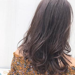 リラックス ニュアンス ナチュラル アンニュイ ヘアスタイルや髪型の写真・画像