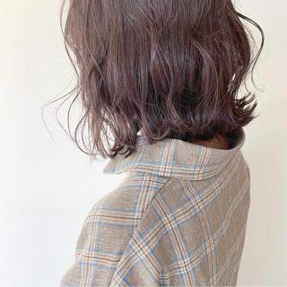 ボブ アンニュイほつれヘア 透明感カラー パープルアッシュ ヘアスタイルや髪型の写真・画像