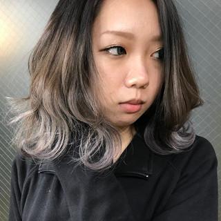 外国人風カラー ローライト ホワイトカラー コントラストハイライト ヘアスタイルや髪型の写真・画像