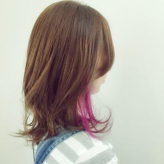 セミロング ハイライト インナーカラー パープル ヘアスタイルや髪型の写真・画像