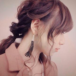 ミディアム 簡単ヘアアレンジ 暗髪 ヘアアレンジ ヘアスタイルや髪型の写真・画像