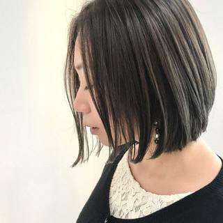 大人女子 ボブ センターパート ウェットヘア ヘアスタイルや髪型の写真・画像