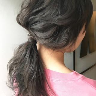 セミロング グレージュ 透明感 ヘアアレンジ ヘアスタイルや髪型の写真・画像
