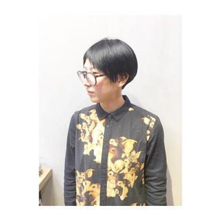 アシメバング マッシュ ショートバング ナチュラル ヘアスタイルや髪型の写真・画像