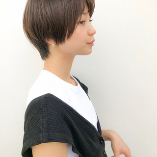 ナチュラル ショート デート 前髪あり ヘアスタイルや髪型の写真・画像
