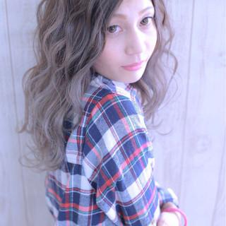 外国人風 大人かわいい ピュア カール ヘアスタイルや髪型の写真・画像