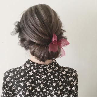 結婚式 ナチュラル セミロング 大人かわいい ヘアスタイルや髪型の写真・画像 ヘアスタイルや髪型の写真・画像