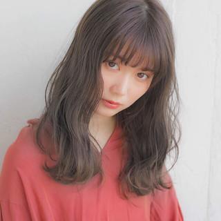 フェミニン 前髪あり アンニュイほつれヘア デート ヘアスタイルや髪型の写真・画像