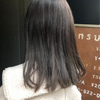 ミディアム アディクシーカラー ナチュラル oggiotto ヘアスタイルや髪型の写真・画像
