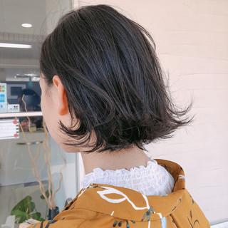 ナチュラル 外ハネ 切りっぱなし 伸ばしかけ ヘアスタイルや髪型の写真・画像 | 北川友理 / unsung