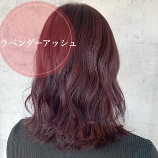 ラベンダーアッシュ セミロング フェミニン ピンクラベンダー ヘアスタイルや髪型の写真・画像