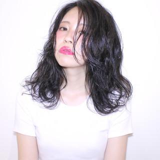 大人かわいい 黒髪 セミロング モード ヘアスタイルや髪型の写真・画像