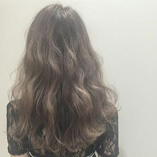 ロック 外国人風 暗髪 セミロング ヘアスタイルや髪型の写真・画像