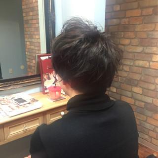 パーマ 坊主 刈り上げ ボーイッシュ ヘアスタイルや髪型の写真・画像
