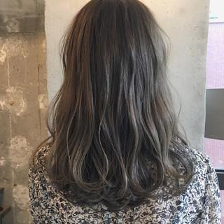 ハロウィン オフィス ミディアム ナチュラル ヘアスタイルや髪型の写真・画像