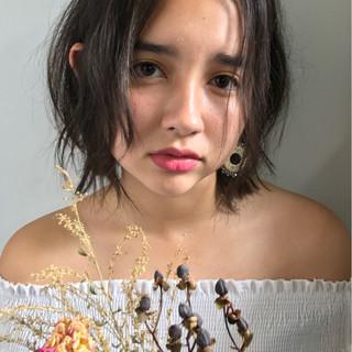 外国人風 ショート くせ毛風 透明感 ヘアスタイルや髪型の写真・画像 ヘアスタイルや髪型の写真・画像