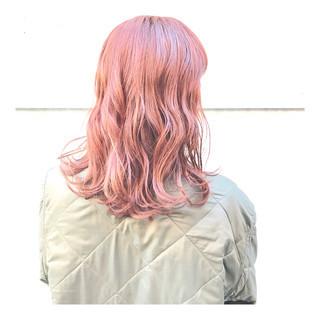 ガーリー ミディアム オレンジベージュ ハイトーン ヘアスタイルや髪型の写真・画像