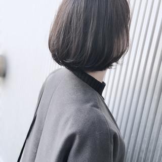 ナチュラル ショート アッシュ 前髪あり ヘアスタイルや髪型の写真・画像